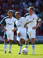 Fotball<br /> Foto: Propaganda/Digitalsport<br /> NORWAY ONLY<br /> <br /> WREXHAM, WALES - SATURDAY, JULY 15th, 2006: Liverpool's Craig Bellamy, Bolo Zenden and John Arne Riise during the Reds' first preseason match of the 2006/2007 season against Wrexham at the Racecourse Ground
