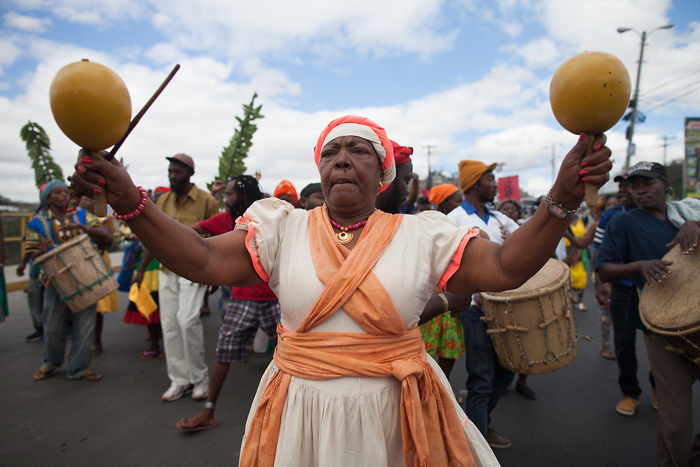 On March 1st 2017 a march of indigenous people was held to commemmorate the assassination of indigenous Lenca leader Berta Cáceres. Lencas, Tolupans, Maya Chortís, Pech, Miskitos and Garifunas marched to the Supreme Court of Justice in Tegucigalpa.<br /> <br /> Here Garifuna people sing and dance during the march.
