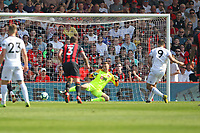 Football - 2018 / 2019 Premier League - AFC Bournemouth vs. Fulham<br /> <br /> Aleksandar Mitrovic of Fulham sends Bournemouth's Artur Boruc the wrong way to score from the penalty spot at the Vitality Stadium (Dean Court) Bournemouth <br /> <br /> COLORSPORT/SHAUN BOGGUST