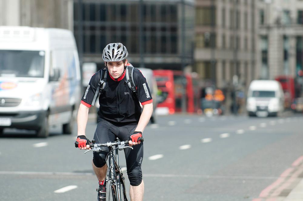 Evans city commute shoot. London Bridge. March 4.2010