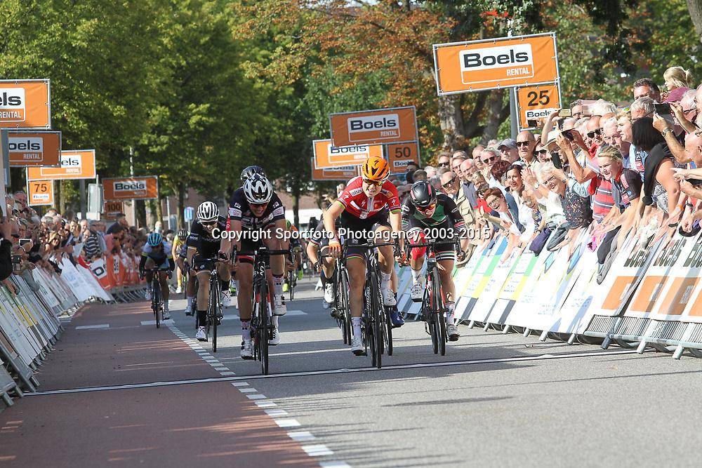 31-08-2018: Wielrennen: Ladies Tour: Weert<br /> Amalie Dideriksen heeft haar tweede ritzege op rij geboekt in de Boels Ladies Tour.<br /> De Deense van Boels-Dolmans liet Lucinda Brand (tweede) en Lorena Wiebes (derde) achter zich in de straten van Weert.