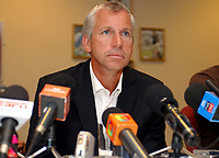 Photo: Olly Greenwood.<br />West Ham United Press Conference. 05/09/2006.  <br />West Ham manager Alan Pardew.