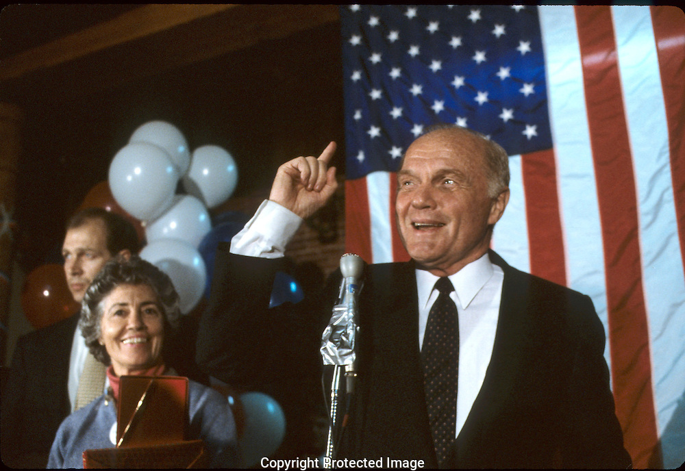 John Glenn speaking during the New Hampshire primaries in January 1984.  Photograph by Dennis Brack, BB 22