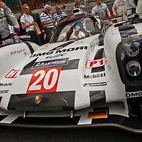 #20 Porsche 919 Hybrid, Porsche Team (drivers: Bernhard, Hartley, Webber) on the grid before the race at Le Mans 24H, 2014 (Saturday, 14 June)