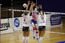 October 21, 2017 - Paris, France - Alexandra Dascalu (sf paris)  vs Liesbet Vindevoghel  (st raphael) - Julieta Lazcano  (Credit Image: © Panoramic via ZUMA Press)