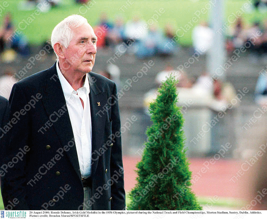 20 August 2000; Ronnie Delaney, Irish Gold Medalist in the 1956 Olympics, pictured during the National Track and Field Championships, Morton Stadium, Santry, Dublin. Athletics. Picture credit; Brendan Moran/SPORTSFILE