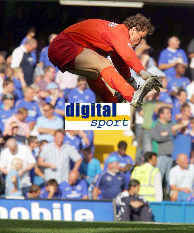 Fotball<br /> England 2005/2006<br /> Foto: Colorsport/Digitalsport<br /> NORWAY ONLY<br /> <br /> FA Barclays Premiership<br /> Chelsea v Arsenal<br /> 21st August, 2005<br /> Jens Lehmann (Arsenal)