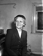 24/01/1958 <br />