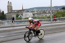 27.07.2014, Zürich, SUI, Ironman Zuerich 2014, im Bild // during the Zurich 2014 Ironman, Switzerland on 2014/07/27. EXPA Pictures © 2014, PhotoCredit: EXPA/ Freshfocus/ Claude Diderich<br /> <br /> *****ATTENTION - for AUT, SLO, CRO, SRB, BIH, MAZ only*****