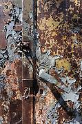 Duitsland, Elstal, 22-7-2012Serie mbt het olympisch dorp van de spelen in 1936 in Berlijn. Het terrein en de overgebleven gebouwen worden de komende jaren door een Duitse stichting opgeknapt en daarna opengesteld voor publiek. Afgebladderde verf op muren en ijzeren deuren.Foto: Flip Franssen/Hollandse Hoogte