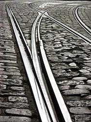 Raíles de tranvía en Lisboa (Portugal)/ Rail tracks in Lisbon (Portugal)