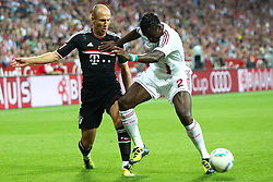 26.07.2011, Allianz Arena, Muenchen, GER, Audi Cup 2011,  FC Bayern vs AC Milan, im Bild Arjen Robben (Bayern #10) im kampf mit Bolivar (Milan #2) // during the Audi Cup 2011,  FC Bayern vs AC Milan , on 2011/07/26, Allianz Arena, Munich, Germany, EXPA Pictures © 2011, PhotoCredit: EXPA/ nph/  Straubmeier       ****** out of GER / CRO  / BEL ******