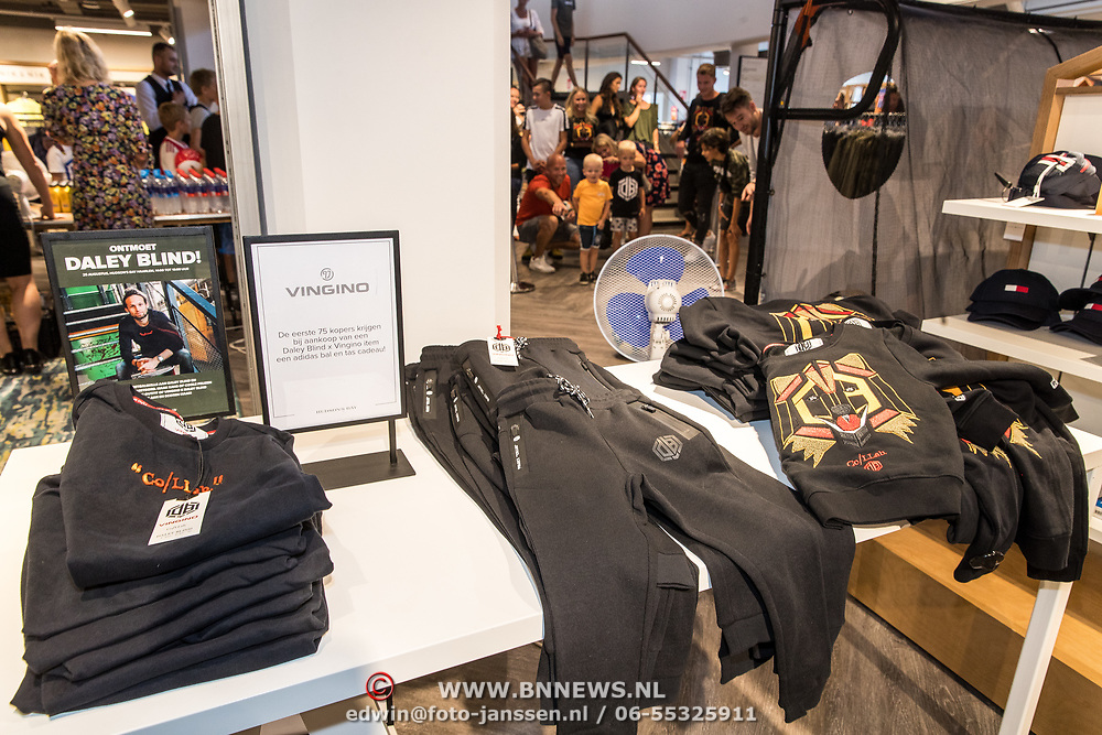 NLD/Haarlem/20190825 - Kledingpresentatie Daley Blind, Kleding lijn Daley Blind