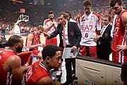 DESCRIZIONE :  Lega A 2014-15  EA7 Milano -Banco di Sardegna Sassari playoff Semifinale gara 7<br /> GIOCATORE : Banchi Luca<br /> CATEGORIA : Low Allenatore Coach Mani  Time Out<br /> SQUADRA : EA7 Milano<br /> EVENTO : PlayOff Semifinale gara 7<br /> GARA : EA7 Milano - Banco di Sardegna Sassari PlayOff Semifinale Gara 7<br /> DATA : 10/06/2015 <br /> SPORT : Pallacanestro <br /> AUTORE : Agenzia Ciamillo-Castoria/Richard Morgano<br /> Galleria : Lega Basket A 2014-2015 Fotonotizia : Milano Lega A 2014-15  EA7 Milano - Banco di Sardegna Sassari playoff Semifinale  gara 7<br /> Predefinita :