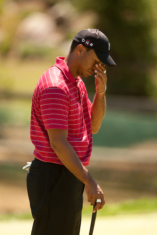 NEWTOWN SQUARE, PA - JULY 4: Tiger Woods during the fourth round of the AT&T National at Aronimink Golf Club on July 4, 2010 in Newtown Square, Pennsylvania. (Photo by Darren Carroll) *** Local Caption *** Tiger Woods