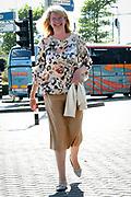 De Britse Prins Harry voorafgaand aan Aids2018 in bij de receptie ambassade Uk in Pakhuis de Zwijger . Van 23 tot en met 27 juli komen duizenden aidsexperts, activisten, wetenschappers, beleidsmakers en politici bijeen voor de internationale aidsconferentie AIDS 2018<br /> <br /> The British Prince Harry prior to Aids2018 in the reception embassy Uk in Pakhuis de Zwijger. From 23 to 27 July, thousands of AIDS experts, activists, scientists, policymakers and politicians will meet for the AIDS AIDS Conference in the international arena. <br /> Op de foto: Pauline Krikke , burgemeester van Den Haag