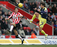 Photo: Lee Earle.<br /> Southampton v Derby County. Coca Cola Championship. 04/02/2006. Southampton's Andrew Surman (L) and Inigo Idiakez keep their eye on the ball.
