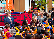 Officiele opening door Koning Willem-Alexander en Koningin Máxima van de Koningsspelen 2016 op Drostenburg in Amsterdam<br /> <br /> Official opening by King Willem-Alexander and Queen Máxima of the King Games 2016 Drost Palace in Amsterdam