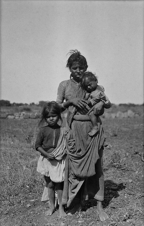 A Peasant Woman & Her Children, Guntakal, India, 1929