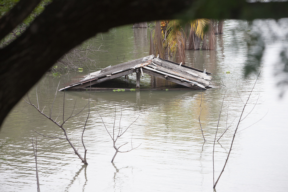 A roof under water in floods, Tipitapa