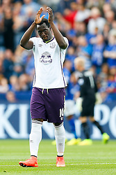 Romelu Lukaku of Everton applauds the fans before kick off - Photo mandatory by-line: Rogan Thomson/JMP - Mobile: 07966 386802 16/08/2014 - SPORT - FOOTBALL - Leicester - King Power Stadium - Leicester City v Everton - Barclays Premier League