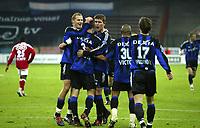 Fotball<br /> Belgia 2004/2005<br /> 29.10.2004<br /> Foto: PhotoNews/Digitalsport<br /> NORWAY ONLY<br /> <br /> Standard Liege v Brugge / Brügge <br /> <br /> RUNE LANGE - GERT VERHEYEN - TIMMY SIMONS