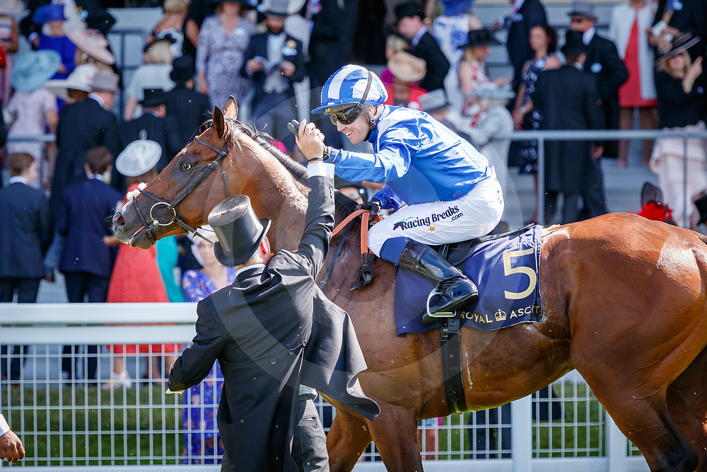 Eqtidaar (Jim Crowley) wins The Commonwealth Cup Gr.1 at Royal Ascot, 22/06/2018, photo: Zuzanna Lupa