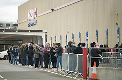 © Licensed to London News Pictures. 25/09/2020. London, UK. Members of the public are seen queueing to enter COSTCO in Hayes west London, as signs of panic buying emerge following the threat of further lockdown measures across the capital. Photo credit: Ben Cawthra/LNP