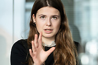 12 MAR 2020, BERLIN/GERMANY:<br /> Luisa Neubauer, Klimaschutzaktivistin, Fridays for Future, waehrend einem Interview, Redaktion Rheinische Post<br /> IMAGE: 20200312-01-010