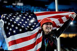 14-02-2010 ALGEMEEN: OLYMPISCHE SPELEN: CEREMONIE: VANCOUVER<br /> Amerikaans support tijdens de huldiging vna de 1500 meter shorttrack<br /> ©2010-WWW.FOTOHOOGENDOORN.NL