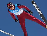GEPA-19021074605 - WHISTLER,KANADA,19.FEB.10 - SPORT DIVERS, OLYMPIA, SKI NORDISCH, NORDISCHE KOMBINATION, SKISPRINGEN - Olympische Winterspiele Vancouver 2010, Training. Bild zeigt Magnus Moan (NOR). Foto: GEPA pictures/ Andreas Reichart