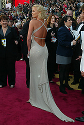 Feb 29, 2004; Hollywood, CA, USA; OSCARS 2004. Actress CHARLIZE THERON arriving at the 76th annual Academy Awards at the Kodak Theater in Hollywood..  (Credit Image: Lisa O'Connor/ZUMAPRESS.com)