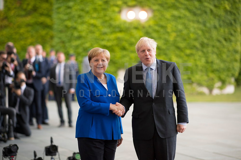 DEU, Deutschland, Germany, Berlin, 21.08.2019: Empfang des Premierministers von Großbritannien, Boris Johnson, durch Bundeskanzlerin Dr. Angela Merkel (CDU) im Bundeskanzleramt.