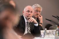 11 NOV 2012, BERLIN/GERMANY:<br /> Ulrich Silberbach, Vorsitzender der Gewerkschaft Komba, Gewerkschaftstag der dbb tarifunion, Estrell Convention Center<br /> IMAGE: 20121111-01-061