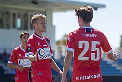 Prøvespilleren og målscorer Andreas Smed (FC Helsingør) takker Dalton Wilkins for oplægget til 1-0 målet under træningskampen mellem FC Helsingør og HIK den 1. august 2020 på Helsingør Ny Stadion (Foto: Claus Birch).