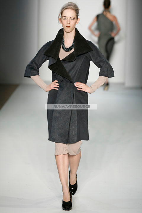 Morwenna Cobbold walks the runway Costello Tagliapietra Fall 2009 collection