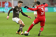 Fussball: 2. Bundesliga, FC St. Pauli - VFL Bochum, Hamburg, 28.01.2021<br /> Finn Ole Becker (Pauli, l.) - Danilo Soares (Bochum)<br /> © Torsten Helmke