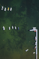 THEMENBILD - Boote an der Anlegestelle am Zeller See, aufgenommen am 01. August 2020 in Zell am See, Österreich // Boats at the jetty on the Lake Zell, Zell am See, Austria on 2020/08/01. EXPA Pictures © 2020, PhotoCredit: EXPA/ JFK