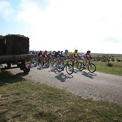 10-04-2016: Wielrennen: Energiewachttour vrouwen: Borkum <br /> BORKUM (GER) wielrennen  De slotetappe van de Energiewachttour was een etappe op het Duitse Waddeneiland Borkum. Christine Majerus comtroleerd met leidster Ellen van Dijk de koers