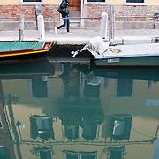 """Images from Venice  - Fotografie di Venezia...***Agreed Fee's Apply To All Image Use***.Marco Secchi /Xianpix.tel +44 (0)207 1939846.tel +39 02 400 47313. e-mail sales@xianpix.com.www.marcosecchi.com Dorsoduro is one of the six """"sestieri"""" in Venice"""