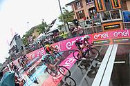 Arrival sprint Elia Viviani (ITA - QuickStep - Floors) - Sam Bennett (IRL - Bora - Hansgrohe) - Danny Van Poppel (NED - Team LottoNL - Jumbo) during the 101th Tour of Italy, Giro d'Italia 2018, stage 17, Riva del Garda - Iseo 155 km on May 23, 2018 in Italy - Photo Ilario Biondi / BettiniPhoto / ProSportsImages / DPPI