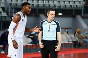Hunt Dario arbitro Michele ROSSI<br /> Virtus Roma - Fortitudo Lavoropiu Bologna<br /> Legabasket Campionato Serie A 2020/2021<br /> Roma, 27//09/2020<br /> Foto A. De Lise/Ciamillo-Castoria