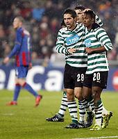 Lissabons Joao Moutinho und Yannick Djalo jubeln ueber das Tor zum 1:0. © Daniela Frutiger/EQ Images