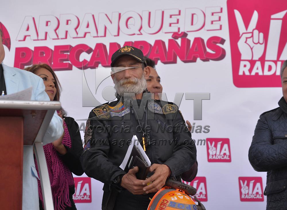 Toluca, México (Enero 22, 2018).- El partido Vía Radical presento al rescatista Carlos Morales Cienfuegos, presidente del grupo de hombres top USAR BREC como precandidato a la diputación local por el distrito de Amecameca.  Agencia MVT / Crisanta Espinosa.