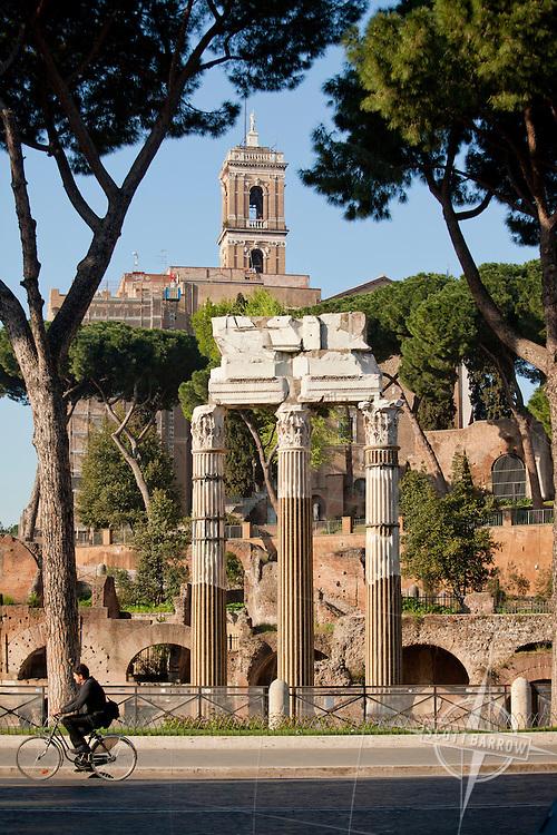 Temple of Venus Genitrix (Tempio di Venere Genitrice) and the Forum Caesaris, Rome. Roman Forum, Rome, Italy.