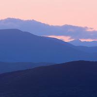 pink-blue Misty Sunrise Kerry Mountains, Ireland / kr036