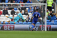 Neil Etheridge, the Cardiff city goalkeeper watches as a Derby county shot goes wide of his post. EFL Skybet championship match, Cardiff city v Derby County at the Cardiff city stadium in Cardiff, South Wales on Saturday 30th September 2017.<br /> pic by Andrew Orchard, Andrew Orchard sports photography.
