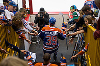 KELOWNA, CANADA - OCTOBER 2: Jesse Puljujarvi #39 of the Edmonton Oilers enters the ice for warm up against Los Angeles Kings on October 2, 2016 at Kal Tire Place in Vernon, British Columbia, Canada.  (Photo by Marissa Baecker/Shoot the Breeze)  *** Local Caption *** Jesse Puljujarvi;