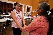 Women of the caravan of Central American mothers attend to therapy group games in Saltillo, Coahuila, on October 21st, 2012 (Photo: Prometeo Lucero)