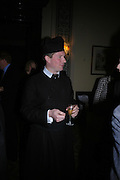 Father Julian Large. Book party to celebrate the publication of ' How the King of Scots Won the Throne of England in 1603 by Leanda de Lisle. St. Wilfred's Hall. Brompton Oratory. London. 9 May 2005. ONE TIME USE ONLY - DO NOT ARCHIVE  © Copyright Photograph by Dafydd Jones 66 Stockwell Park Rd. London SW9 0DA Tel 020 7733 0108 www.dafjones.com